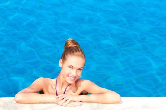 Nadar, bucear y cuidar de la salud bucodental